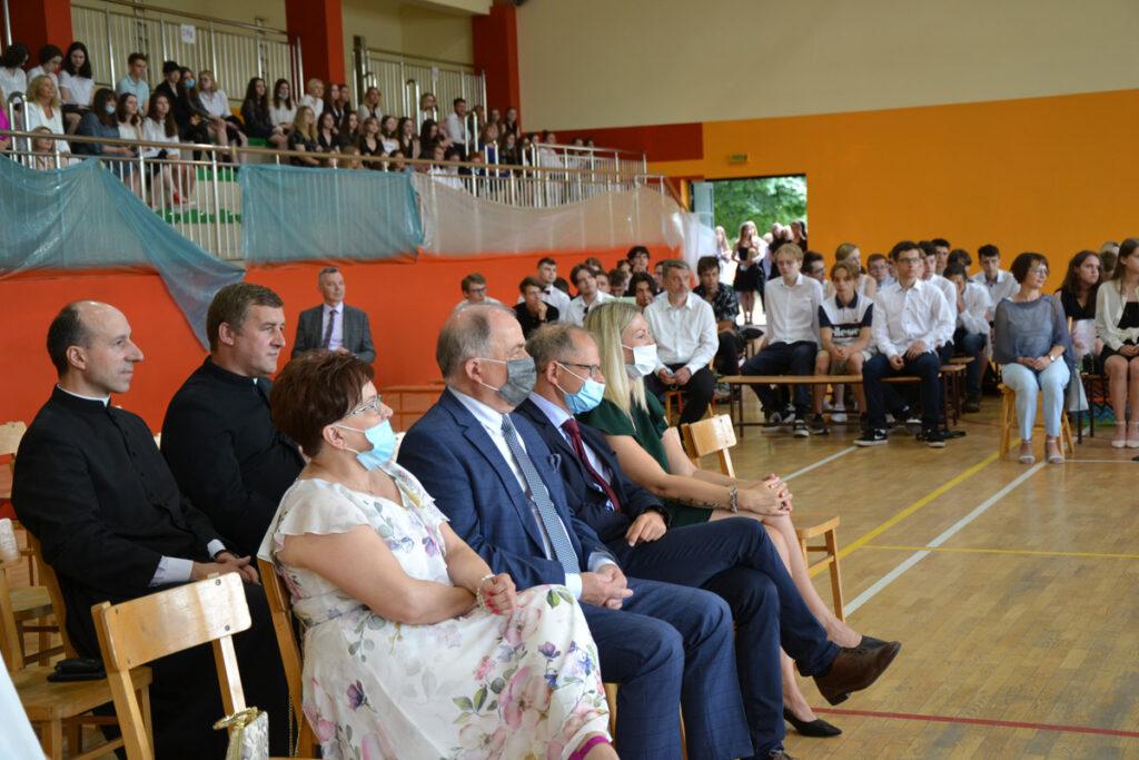 Zakończenie roku szkolnego w Liceum Ogólnokształcącym im. KEN w Stalowej Woli
